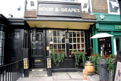 hoop-and-grapes